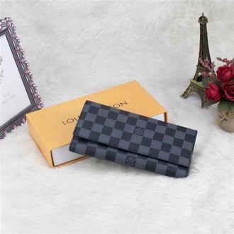 Hình ảnh củaVí Nam Louis Vuitton Dài LV3G-01818