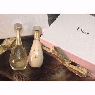 Bộ nước hoa, dưỡng thể Dior J'adore Limited Edition 50ml